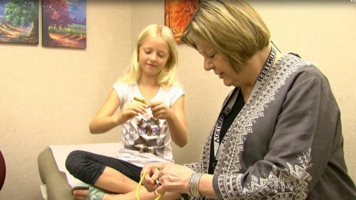 Retired teacher and 10-year-old girl form special bond during medical treatments